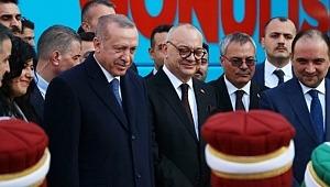 Erdoğan, Minik mehteranları ilgiyle izledi
