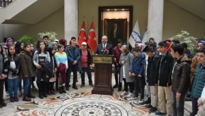 Erzurumlu çocuklar valiyi ziyaret etti - Bursa Haberleri