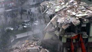 Faciadan dönüldü... Yıkımı yapılan bina, mesai bitimi sonrası çöktü - Bursa Haberleri