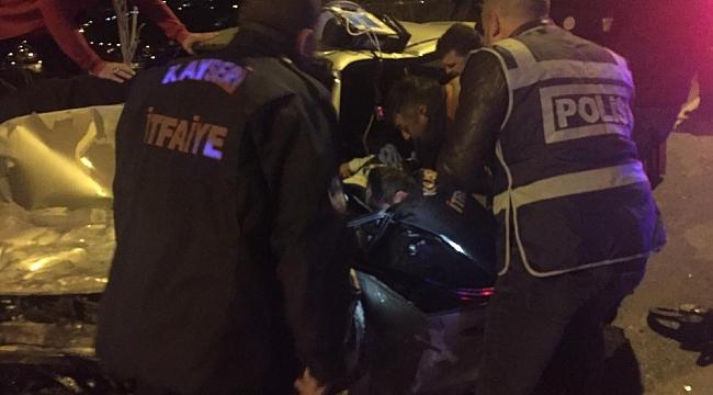 Feci kazada, sürücüyü kurtarmak için seferber oldular