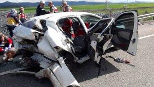 Feci Trafik Kazasında Can Pazarı: 2 ölü, 2'si Ağır 3 Yaralı
