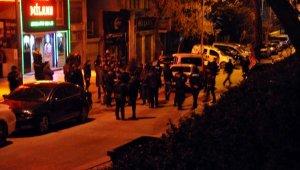 Gece kulübündeki silahlı kavgada: 2 yaralı