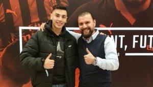 Genç Türk futbolcu Milan yolunda - Bursa Haberleri