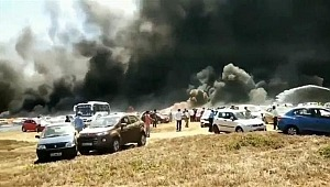 Gösteri alanındaki 300 araç yandı