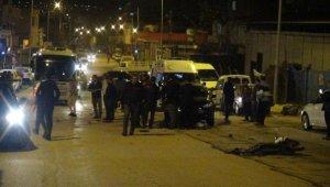 Hatay'da trafik kazası... Yakınları sinir krizi geçirdi
