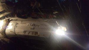 Kayseri'de trafik kazası! Yolcu otobüsü devrildi: 24 yaralı