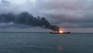 Kerç Boğazı'nda yanan gemiler 1 ay sonra söndürüldü
