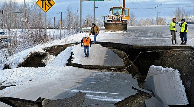 Mega deprem için tarih verdi
