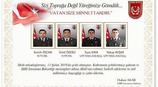 Milli Savunma Bakanı Hulisi Akar'dan şehitler için resimli başsağlığı mesajı