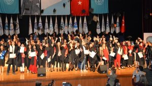 Öğrenciler diplomalarına kavuştu - Bursa Haberleri
