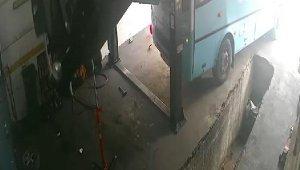 Oto sanayide halk otobüsü dehşeti