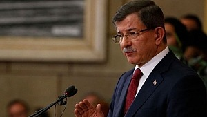 Parti kuracağı konuşulan Davutoğlu'ndan, iddiaları doğrulayacak çıkış