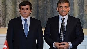 Parti kuracağı konuşulan Gül ve Davutoğlu'na