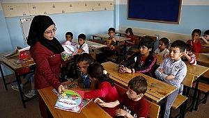 Suriyeli çocukların öğretmenleri: