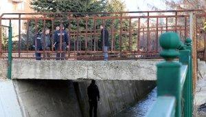 Üniversite öğrencisi köprü korkuluklarına asılı bulundu