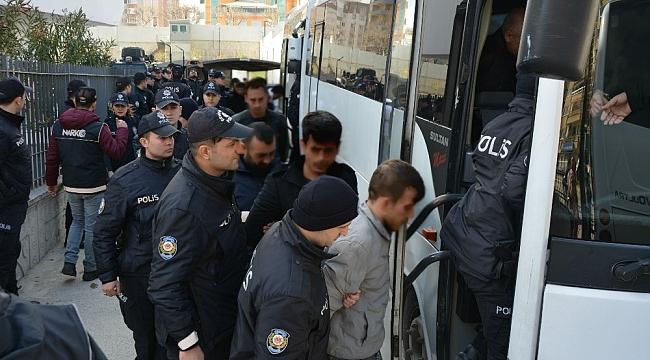 """Uyuşturucu operasyonunda gözaltına alınmışlardı, """"Merhaba Televole diyebiliyor muyuz"""" - Bursa Haberleri"""