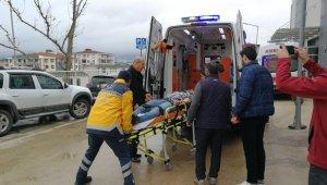 Yağışlı hava beraberinde kazayı da getirdi: 5 yaralı - Bursa Haberleri