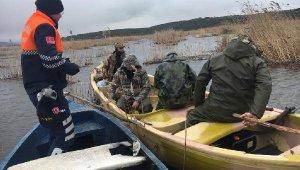 Yasak bölgede avlanan kişilere suçüstü - bursa Haberleri