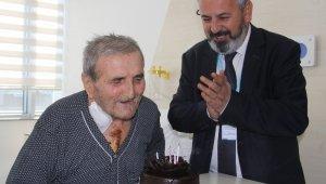 90 yaşına bastığı gün yeniden doğdu - Bursa Haberleri