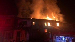 Aynı saatlerde iki farklı mahallede yangın - Bursa Haberleri