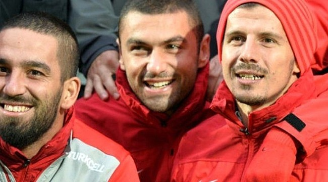 Burak Yılmaz ve Emre Belözoğlu Uzun Bir Aradan Sonra Milli Takıma Geri Döndü