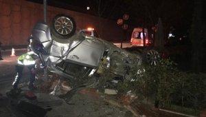 Bursa'da Feci Trafik Kazası! Kontrolden Çıkan Otomobil Kaza Yaptı: 1 ölü 2 yaralı - Bursa Haberleri