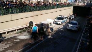 Bursa'da seyir halindeki araç yandı - Bursa Haberleri