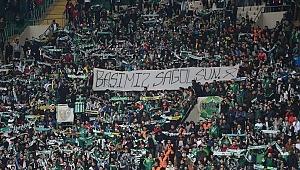 Bursaspor-DG Sivasspor maçında Ankaragücü taraftarları anıldı - Bursa Haberleri