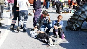 Down sendromlu çocukları taşıyan minibüs devrildi: 4'ü ağır 29 yaralı
