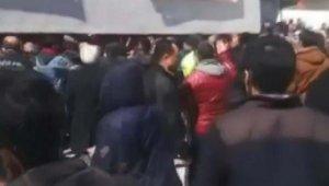 İki aile, okul bahçesinde kavga etti: 6 gözaltı