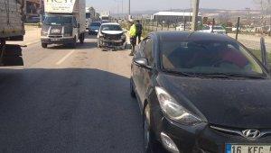 İki otomobil çarpıştı: 5 yaralı - Bursa Haberleri