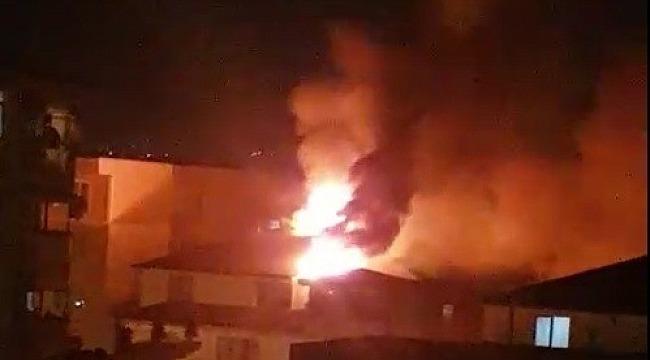 İzolasyon çalışması yapılan çatı alev alev yandı