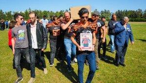 Kıbrıs'ta ölen üniversiteli Yasin, Bursa'da toprağa verildi - Bursa Haberleri