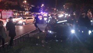 Makas Atan Otomobil İki Otomobile kaza yaptırdı: 1'i çocuk 5 yaralı