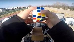 Motor sürerken küp çözen sürücüye kötü haber - Bursa Haberleri