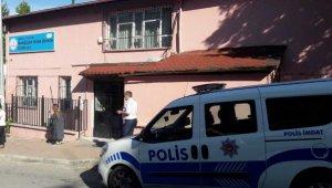 Öğrenci velisinin bıçaklayıp, istismarla suçladığı öğretmen beraat etti - Bursa Haberleri