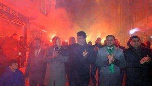 Osmangazi'de seçim bürosu açılışı mitinge dönüştü - Bursa Haberleri