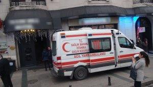 Otelin 8'inci katından düştüler: 1 ölü, 1 yaralı