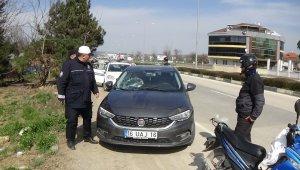 Otomobil altında kalan yaşlı adam ağır yaralandı - Bursa Haberleri