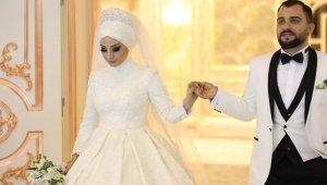 Sosyal Medya Fenomeni Hazal Pelin Aydın Evlendi