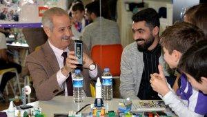 Suriyeli astronot Faris, öğrencilere uzay deneyimlerini anlattı - Bursa Haberleri