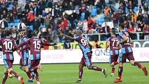 Trabzonspor, Akhisarspor'u 2-1 mağlup etti