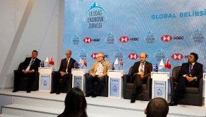 Uludağ Ekonomi Zirvesi'nde 'Global Belirsizlikte Büyüme' tartışıldı - Bursa Haberleri