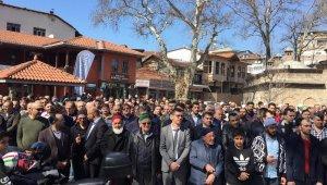 Yeni Zelanda'daki şehitler için gıyabi cenaze namazı kılındı - Bursa Haberleri