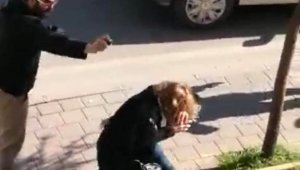 Yol verme kavgasında kadın sürücüye biber gazıyla saldırdı