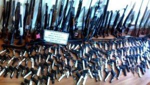 3 ayda 245 ruhsatsız silah ele geçirildi