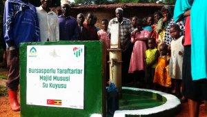 Bursaspor taraftarı Afrika'da 'bir yudum su' oldu - Bursa Haberleri