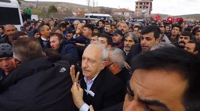 Картинки по запросу Son dakika: Şehit cenazesinde Kılıçdaroğlu'na saldırı