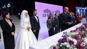 Cumhurbaşkanı Erdoğan, Bekir Bozdağ'ın oğlunun nikah şahidi oldu