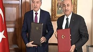 """Dışişleri Bakanı Mevlüt Çavuşoğlu: """"Teklif etmek de haddini aşmak demektir"""""""